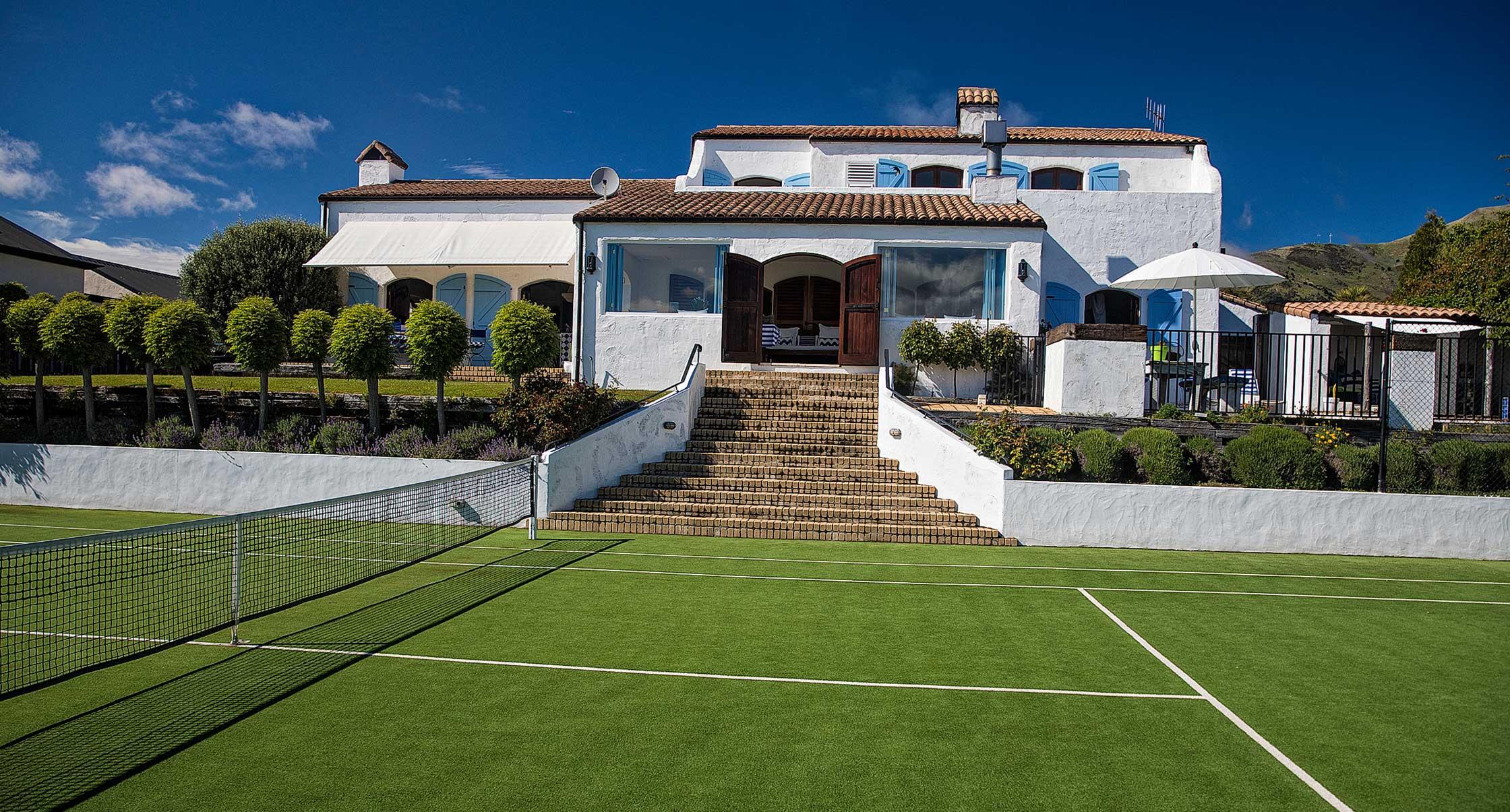 Villa South Pacific - luxury Wanaka Wedding Accommodation