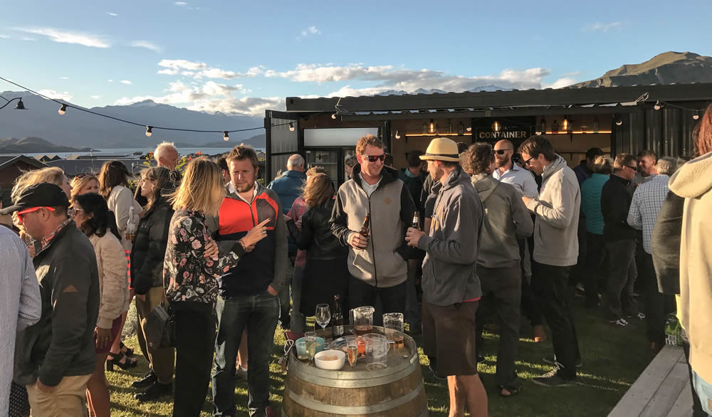 The Container Bar - Mobile Wanaka Wedding beverage